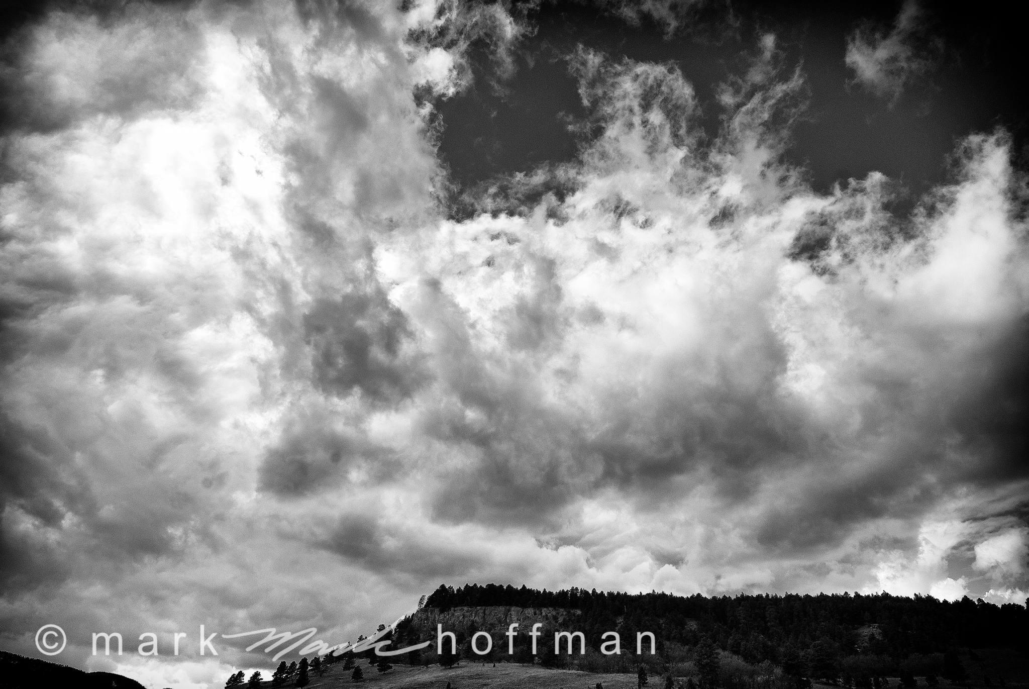 Mark_Hoffman_ND25830_Edit_cap1_var1.jpg