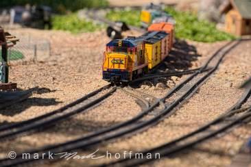 Mark_Hoffman_photophart_20150416_0237_v1_cap1_var1.jpg
