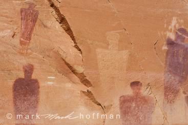 Mark_Hoffman_20141019_0120_cap1_var1.jpg